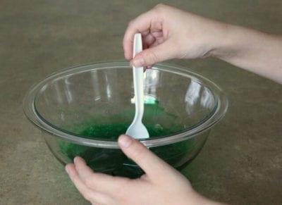 приготовление слайма зеленого