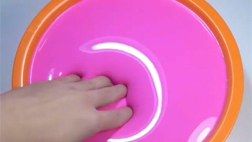 глянцевый слайм